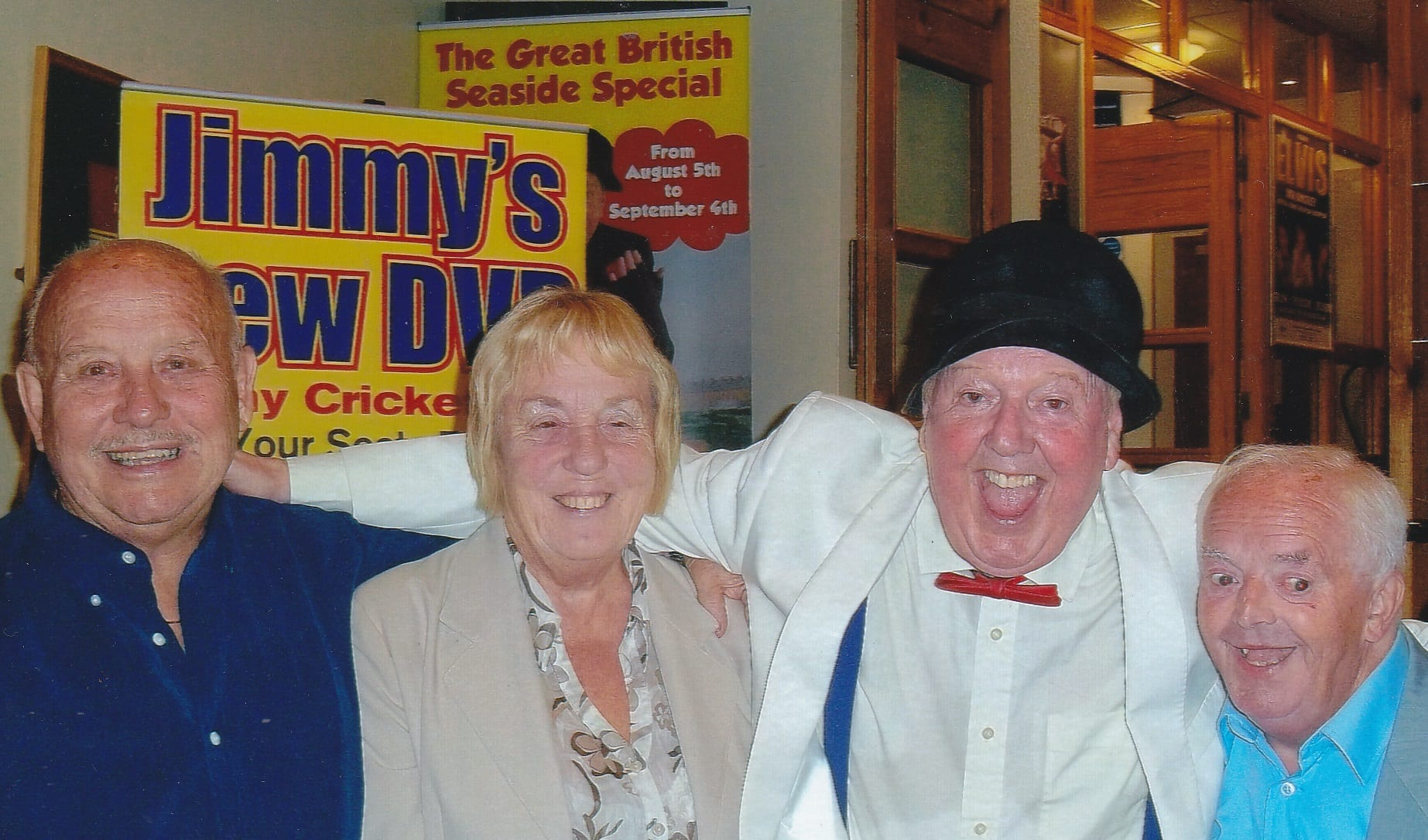 Frankie Whittle and Ernie Shrimp and his wife all went to watch Jimmy's show