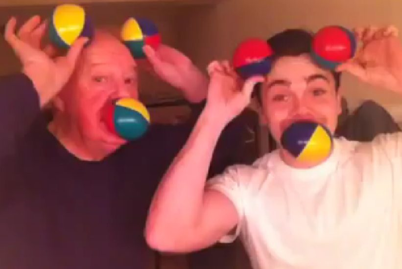Jimmy Cricket has been teaching Ray Quinn how to juggle
