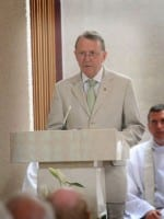 Lord David Alton, who has been a great guiding light for Frankie Mulgrew, reads the first reading at the Mass