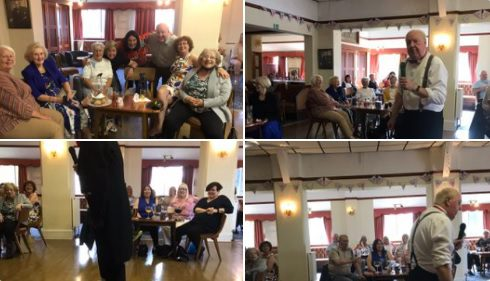 While adhering to 30 people only gatherings, it was lovely to get back to the job I love this afternoon at the Oxton Con Club, my thanks to Jacqueline and Caroline and everyone who turned up and made it such a wonderful atmosphere! Performing arts#wirral